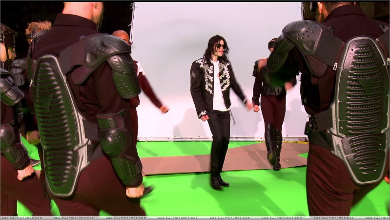 "Immagini era ""THIS IS IT"" 06810"