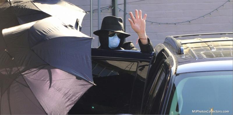 Foto di Michael Jackson con la mascherina - Pagina 6 2212