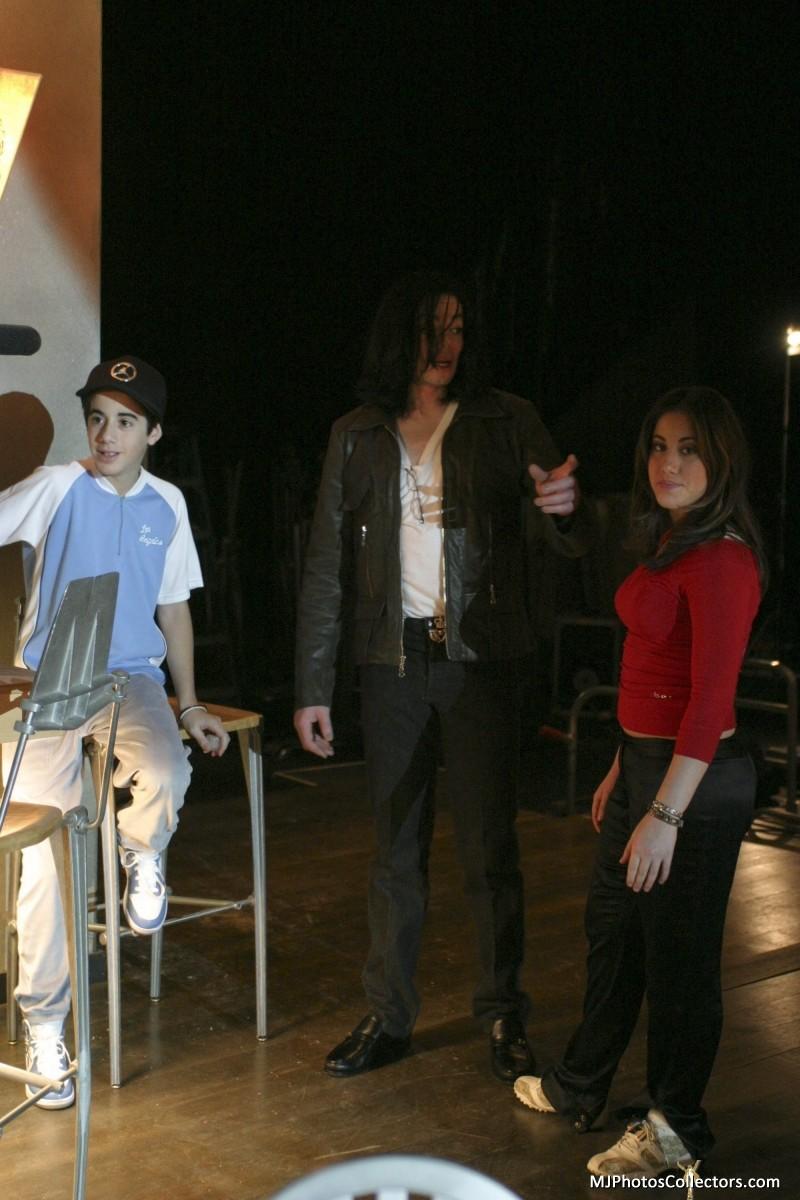 """Scatti esclusivi Backstage """"One More Chance"""" - Pagina 3 72141_10"""