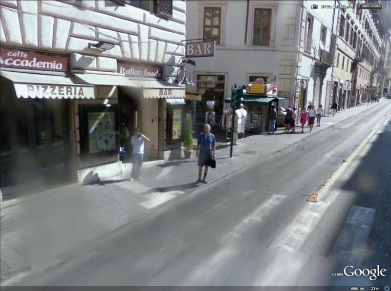 STREET VIEW : les gens en chaussettes noires ! - Page 2 Chauss10