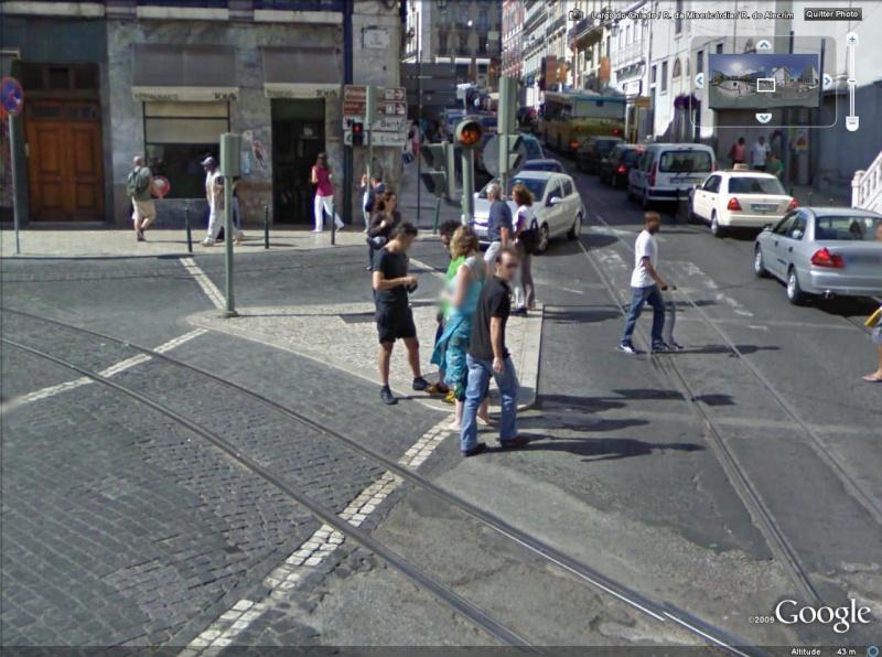 STREET VIEW : les gens en chaussettes noires ! - Page 2 Chauss11