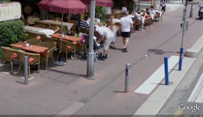 STREET VIEW : les gens en chaussettes noires ! - Page 5 Chauss13