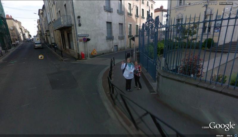 STREET VIEW : un coucou à la Google car  - Page 5 Coucou12