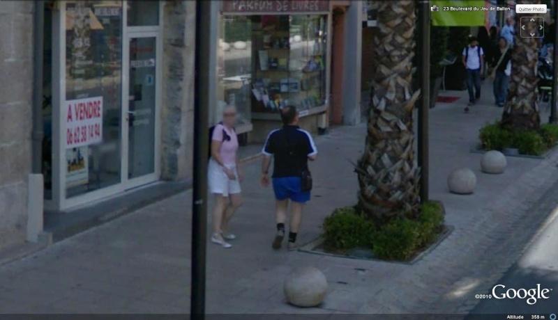 STREET VIEW : les gens en chaussettes noires ! - Page 11 Grasse10