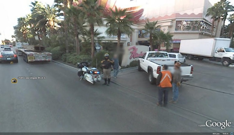 STREET VIEW : véhicules de police du monde - Page 5 Palice10