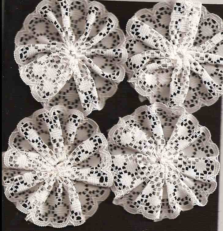 Lace Flowers White_13