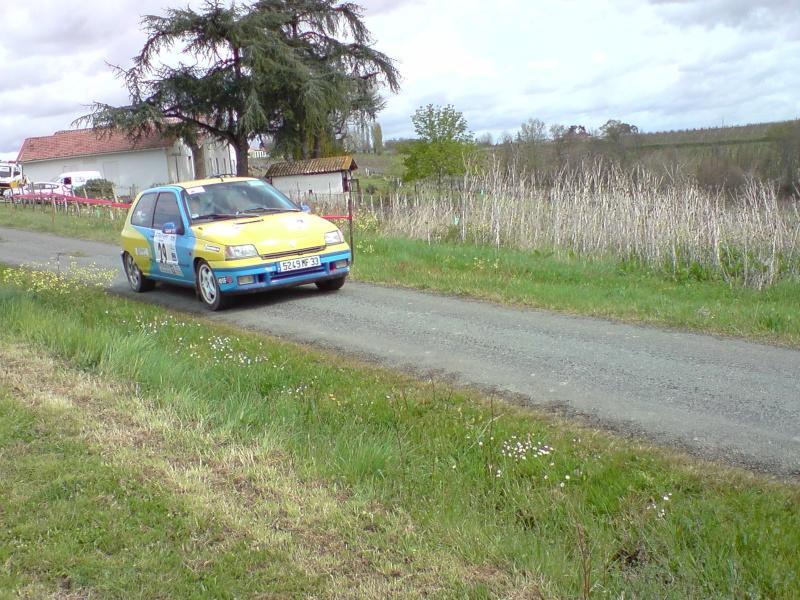 Photos de voitures de compétitions de tous âges que vous avez faites !!!!!!!!!!!!!!!! - Page 2 P2803010