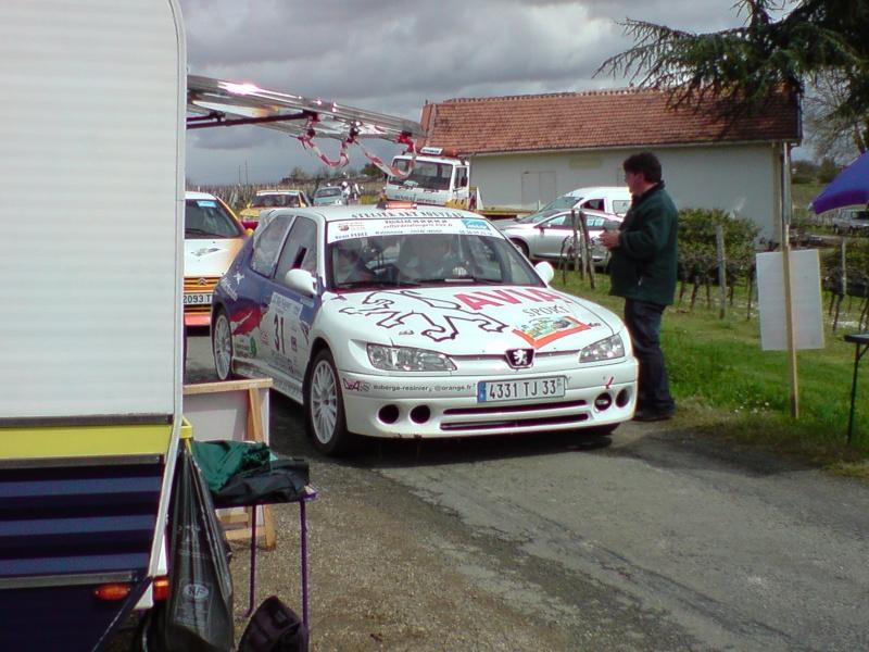 Photos de voitures de compétitions de tous âges que vous avez faites !!!!!!!!!!!!!!!! - Page 2 P2803011