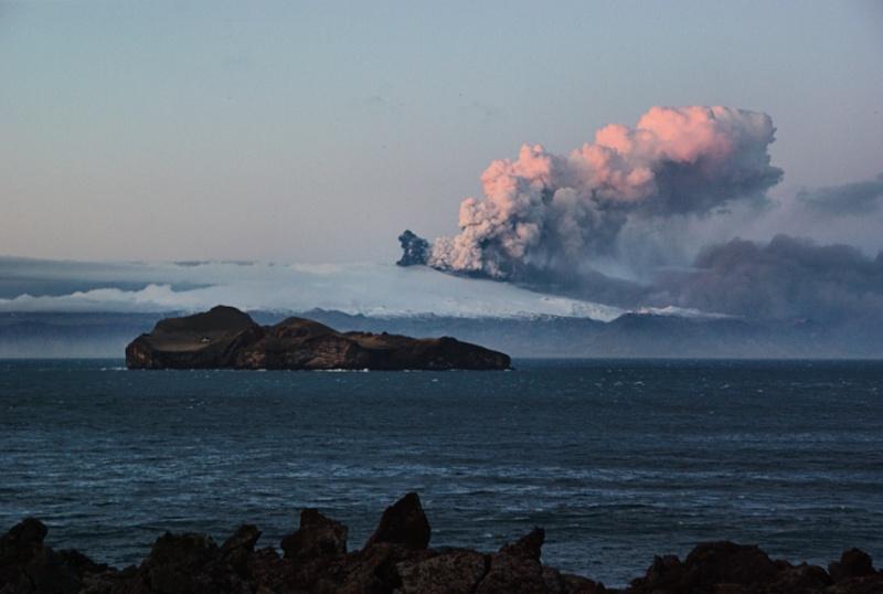 Foto eruzione Fimmvörðuhálsi - Islanda 45263510