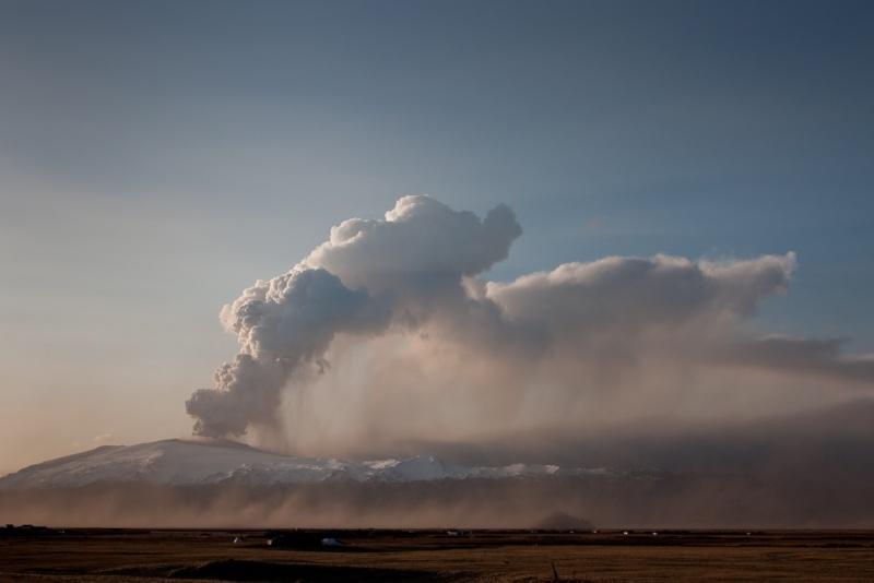 Foto eruzione Fimmvörðuhálsi - Islanda 45280410