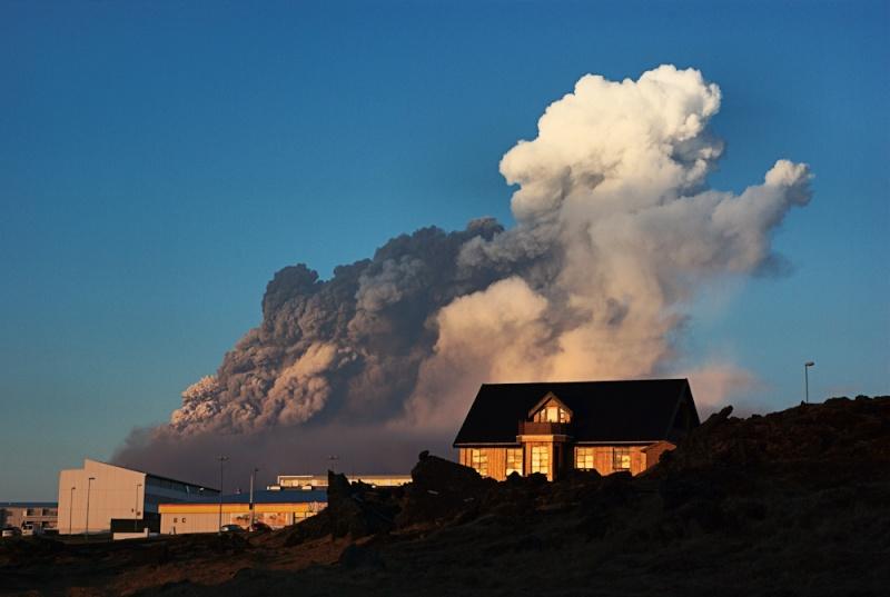 Foto eruzione Fimmvörðuhálsi - Islanda 45294810