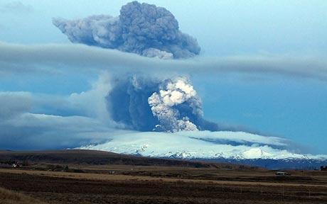 Foto eruzione Fimmvörðuhálsi - Islanda 45333110