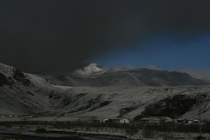 Foto eruzione Fimmvörðuhálsi - Islanda - Pagina 4 45416510