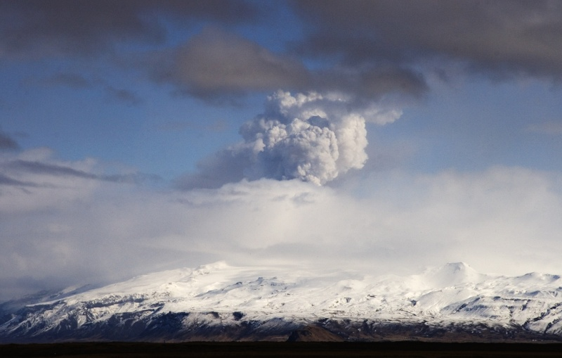 Foto eruzione Fimmvörðuhálsi - Islanda - Pagina 5 45458811