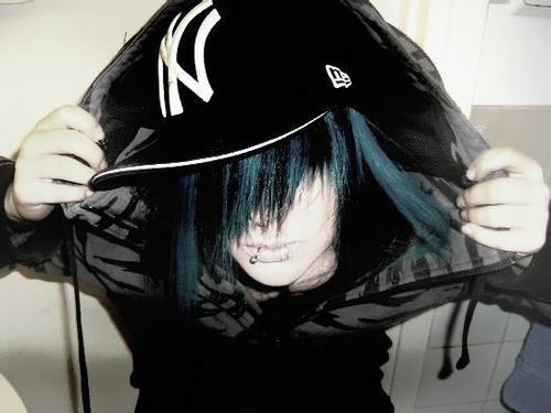 EMO PHOTO GALLERY Emo_bl10