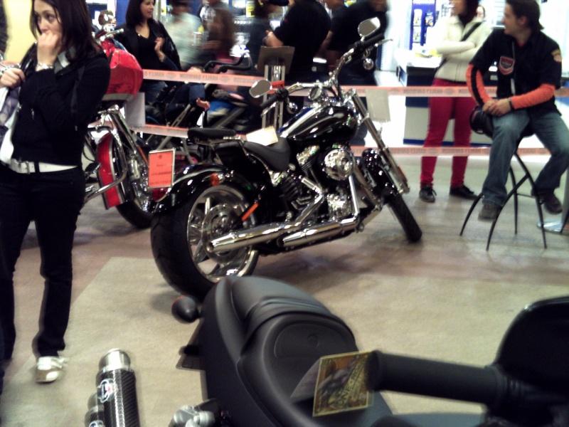 Foto di moto d'epoca o rare avvistate per strada Pict0069