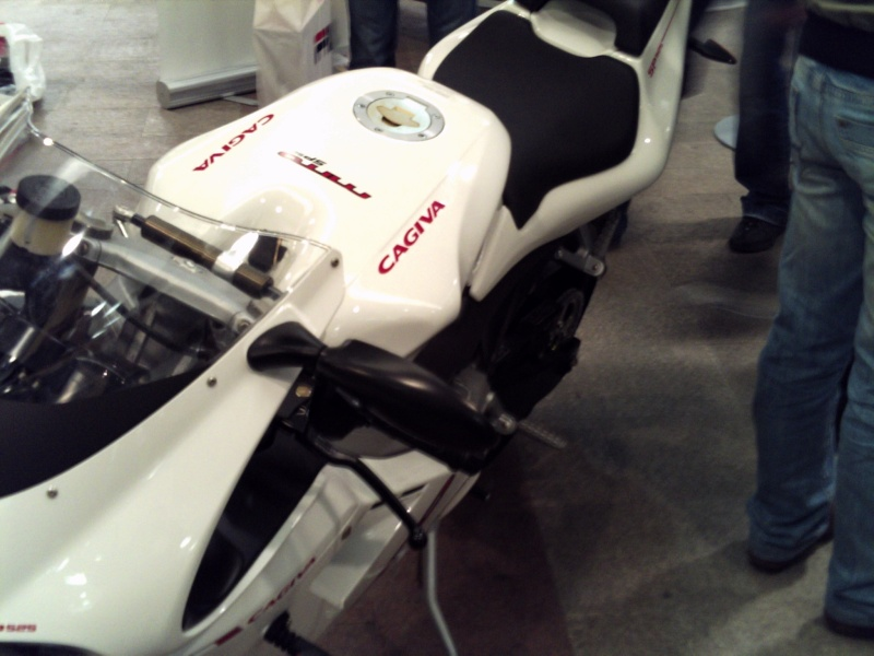 Foto di moto d'epoca o rare avvistate per strada Pict0073