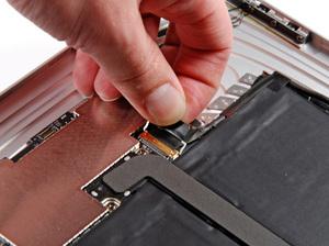 Démontage de l'iPad Damont13