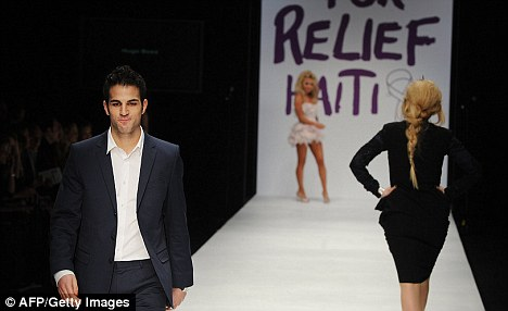 Captain Arsenal's Cesc Fabregas exhibitors in the fashion and model Articl10