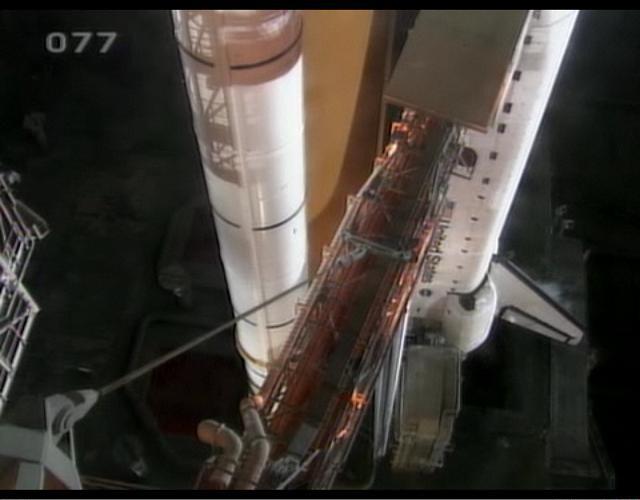 [STS-132] Atlantis : préparatifs (lancement prévu le 14/05/2010) - Page 5 Sans_t27