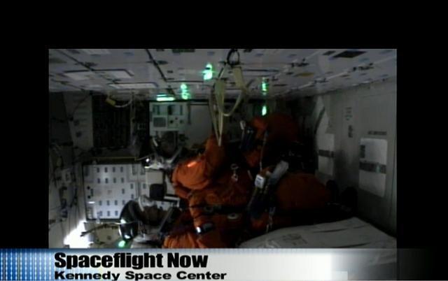 [STS-132] Atlantis : fil dédié au lancement. (14/05/2010 à 20h19) - Page 5 Sans_t75