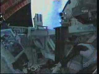 [STS-131] Discovery : EVA 3 Anderson & Mastracchio Vlcsn100