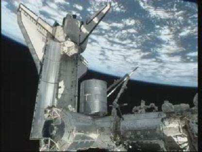 [STS-131 / ISS19A] Discovery : déroulement de la mission - Page 13 Vlcsn136