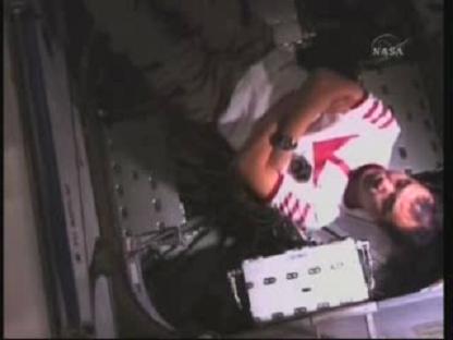 [STS-131 / ISS19A] Discovery : déroulement de la mission - Page 14 Vlcsn152