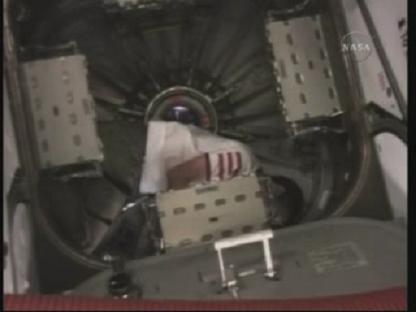 [STS-131 / ISS19A] Discovery : déroulement de la mission - Page 14 Vlcsn159