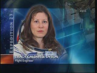 [STS-131 / ISS19A] Discovery : déroulement de la mission - Page 24 Vlcsn271