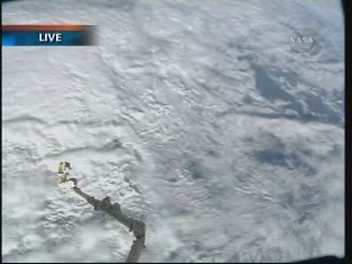 ISS : Amarrage de Progress M-05M le 1er mai 2010 Vlcsn283