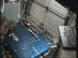 La science à bord de l'ISS - Page 6 Vlcsn326