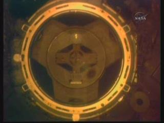 [STS-132] Atlantis : fil dédié à la mission - Page 5 Vlcsn355