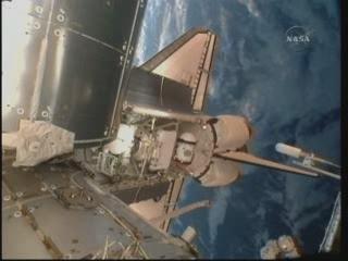 [STS-132] Atlantis : fil dédié à la mission - Page 5 Vlcsn359