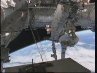 [STS-132] Atlantis : fil dédié à la mission - Page 6 Vlcsn373