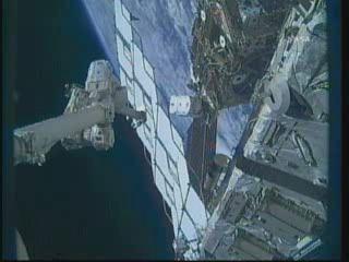 [STS-132] Atlantis : EVA 1, Reisman et Bowen. - Page 2 Vlcsn388