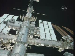 [STS-132] Atlantis : EVA 1, Reisman et Bowen. - Page 2 Vlcsn390