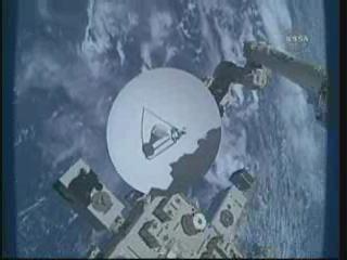 [STS-132] Atlantis : EVA 1, Reisman et Bowen. - Page 2 Vlcsn403