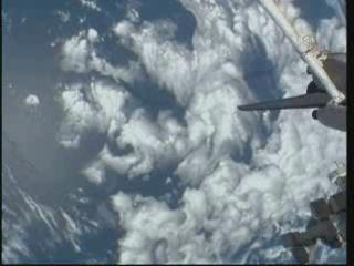[STS-131] Discovery : EVA 3 Anderson & Mastracchio Vlcsna52