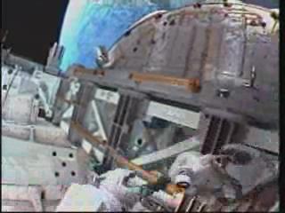 [STS-131] Discovery : EVA 3 Anderson & Mastracchio Vlcsna56