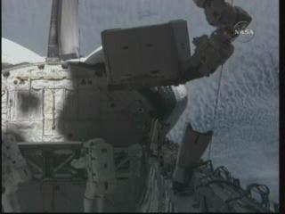 [STS-131] Discovery : EVA 3 Anderson & Mastracchio Vlcsna60