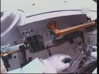 [STS-131] Discovery : EVA 3 Anderson & Mastracchio Vlcsna68