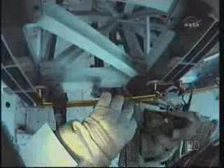 [STS-131] Discovery : EVA 3 Anderson & Mastracchio Vlcsna72
