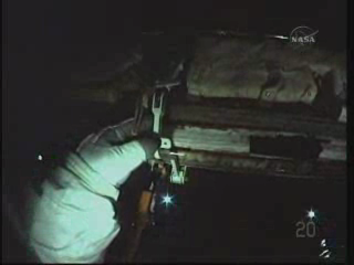 [STS-131] Discovery : EVA 3 Anderson & Mastracchio Vlcsna83