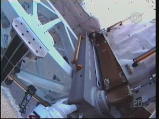 [STS-131] Discovery : EVA 3 Anderson & Mastracchio Vlcsna94