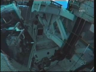 [STS-131] Discovery : EVA 3 Anderson & Mastracchio Vlcsna99