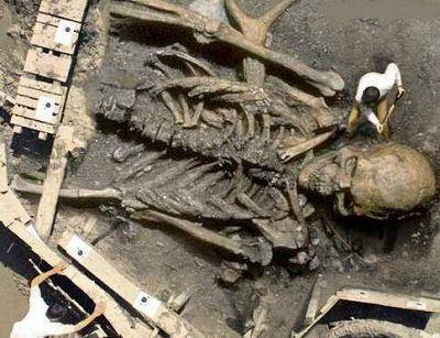 Les Nephilim, les géants de la Bible, héros des temps Jadis 2sakd10