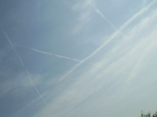 les chemtrails - Page 3 Photo028