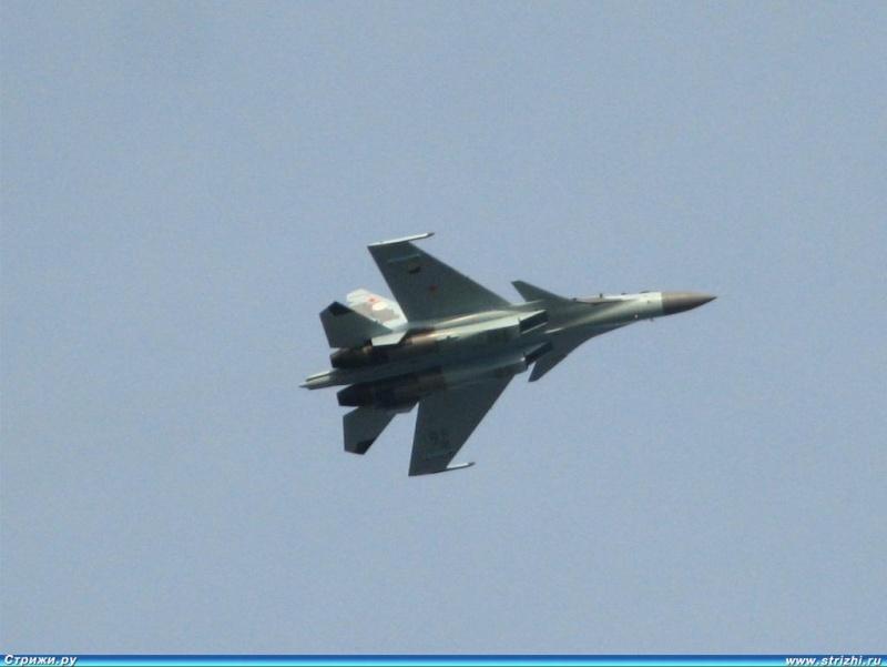 Chasseur Su-30MKA - Page 2 1597hw10