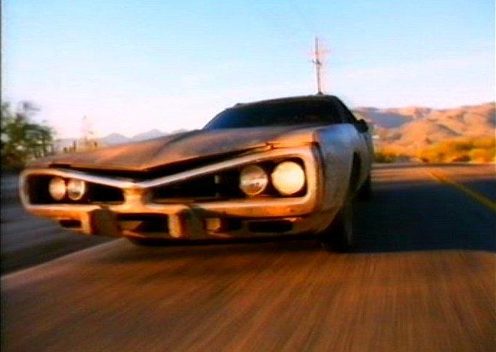 Le auto e le moto più famose nella TV 16710